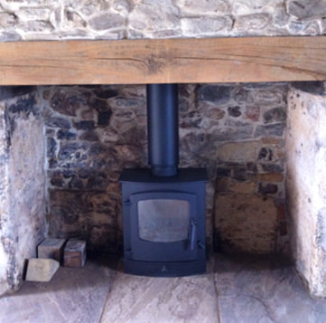 Contemporary Charnwood Cove 2 stove installed by Faraday Stoves